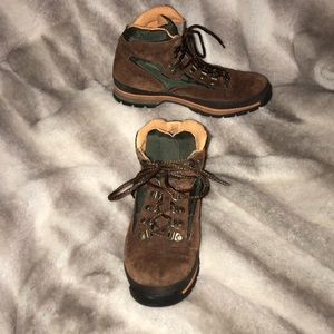 Timberland hiking boots 9